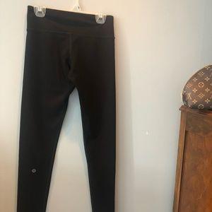Lululemon full length athletic pants size 6